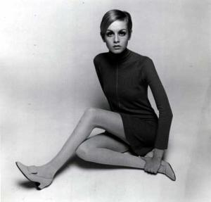 אני פרידמן,אני פרידמן,אופנת קיץ,אופנה 2012, אופנה 2013,אופנה 1960.annie friedman.אנני פרידמן,עיצוב,מעצבת אופנה,סטיילינג,אופנה סטיילינג,תדמית ואופנה,מיני,חצאית מיני,שמלת מיני,טוויגי,חצאיות מיני,השפעת שנות ה60